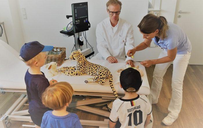 Kuscheltiersprechstunde bei Orthopäde Dr. Jens Enneper