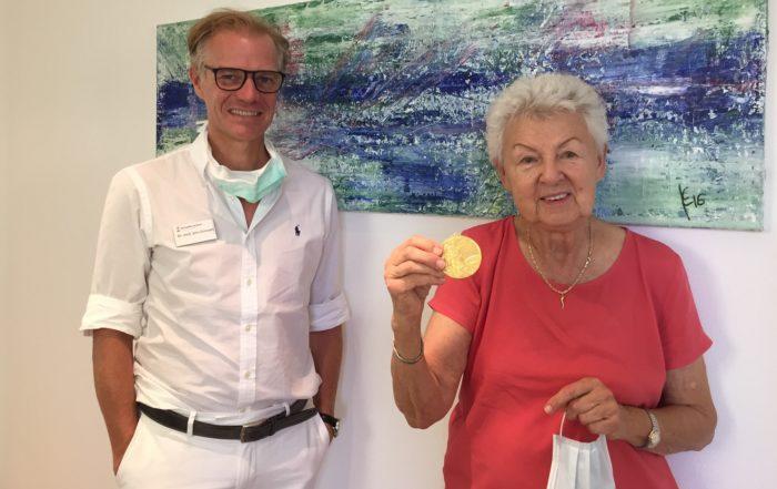 Olympia-Siegerin von 1964 Halina Gorecka-Herrmann in unserer Praxis